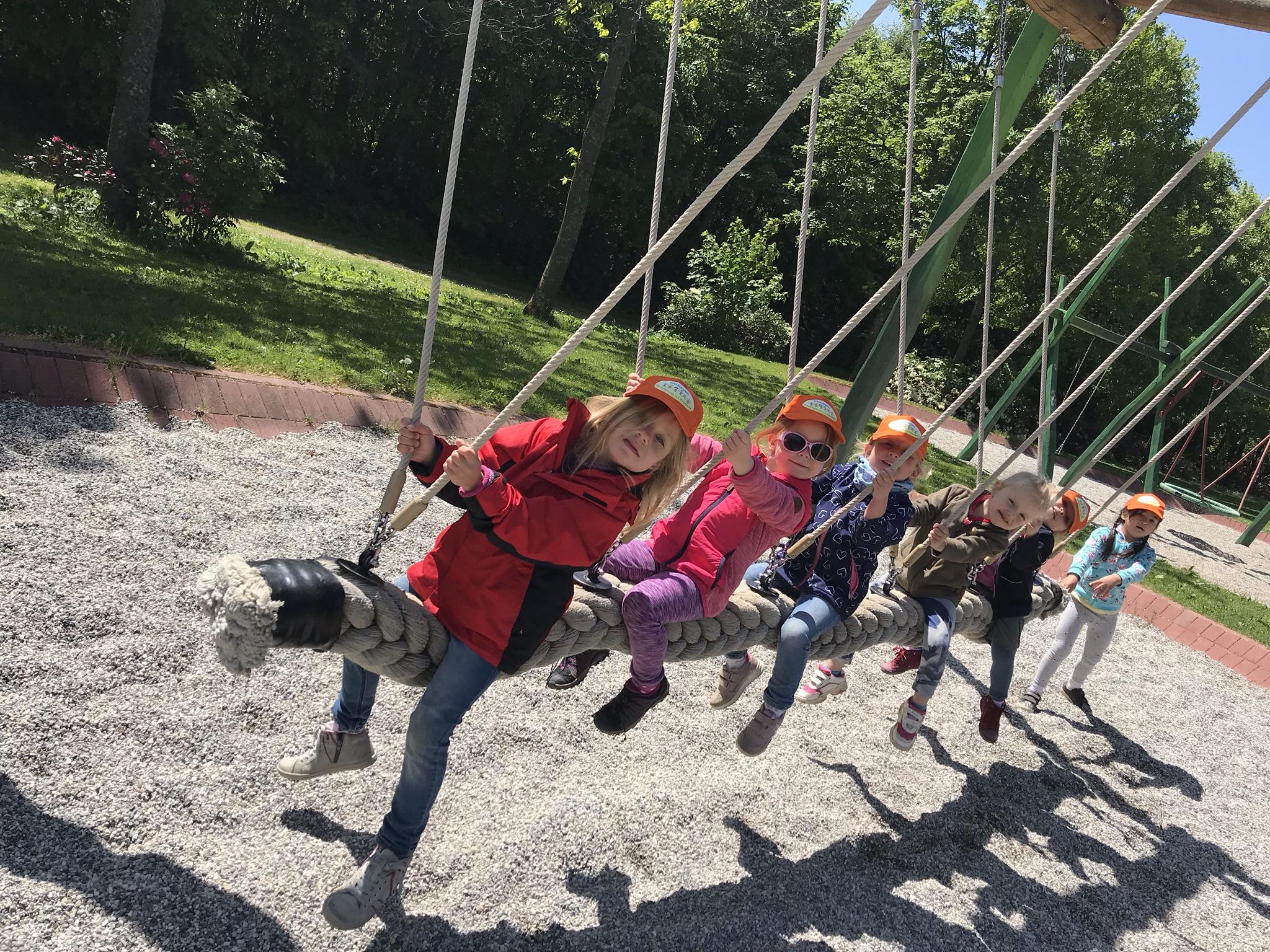 Kinder, St. Elisabeth, Brauersdorf, Panorama-Park, Ausflug